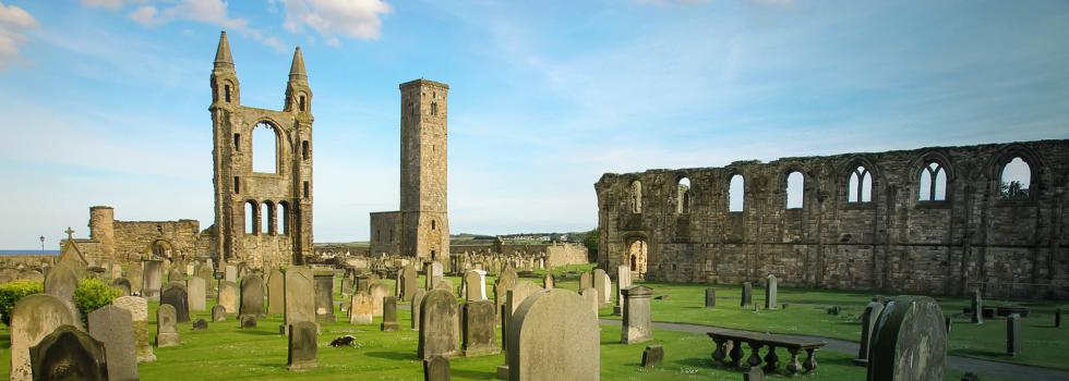 St Andrews Cathedral © air - Fotolia.com